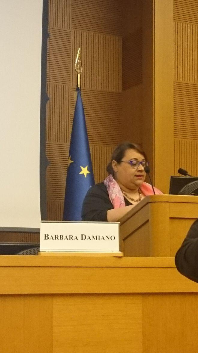 Barbara-in-Parlamento_04